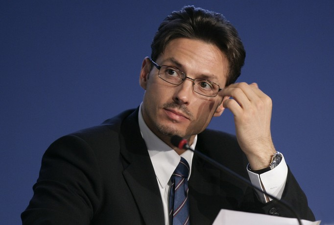Mediaset, nessuna negoziazione con Sky su Premium - PS Berlusconi