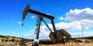 OPEC a Vienna per decidere tagli alla produzione di petrolio