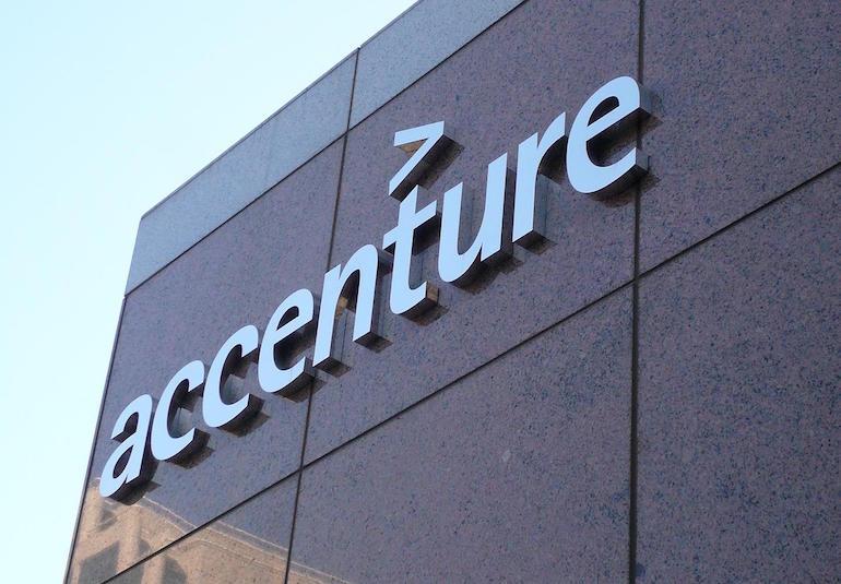 Accenture, 2400 assunzioni entro agosto 2018: posizioni aperte anche a Napoli