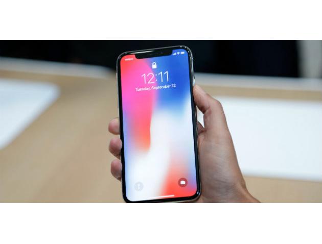 Il costo dell'iPhone X sarebbe troppo alto secondo l'opinione di numerosi clienti Apple