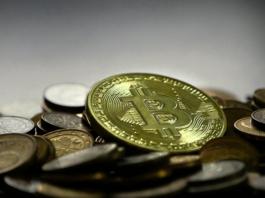 La quotazione Bitcoin è scesa del 12% in un giorno